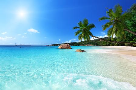 seychelles-anse-lazio-beach-at-praslin-island-seychelles
