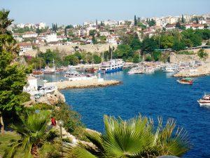 Care sunt punctele forte ale Vacantei Antalya